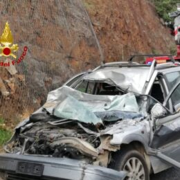 Grave incidente stradale, stamane, sulla SP 2, al km 16: tre feriti