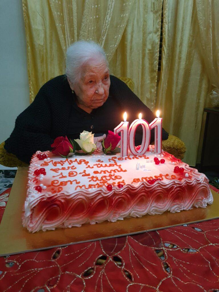 Dopo il 103° compleanno di Casimiro Fois a Giba, oggi a Villarios la sorella Isabella ha raggiunto il traguardo dei 101 anni